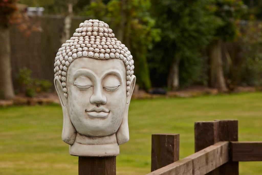 large-garden-ornaments--buddha-head-stone-bust-statue_3