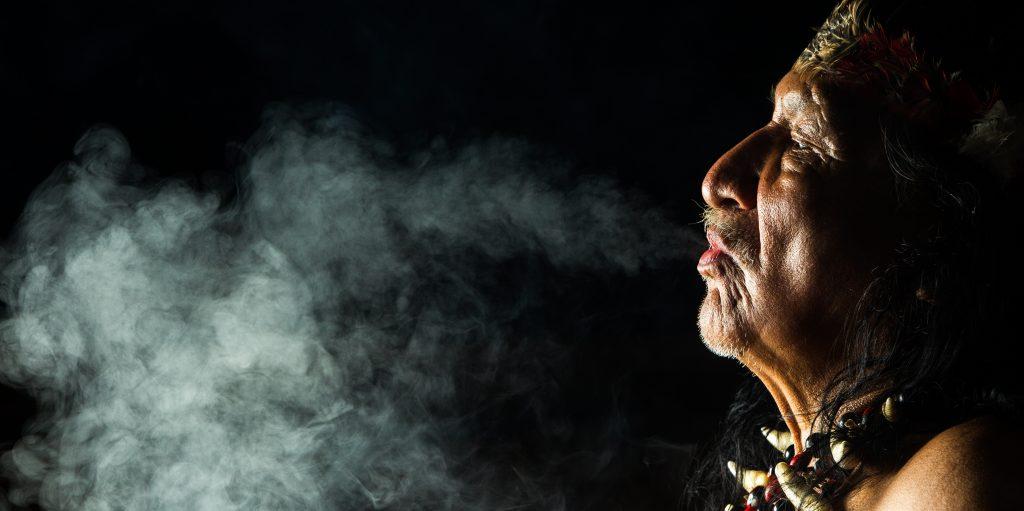 shaman-smoking-e1446230427442